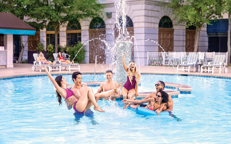 Pool New York New York Hotel Casino